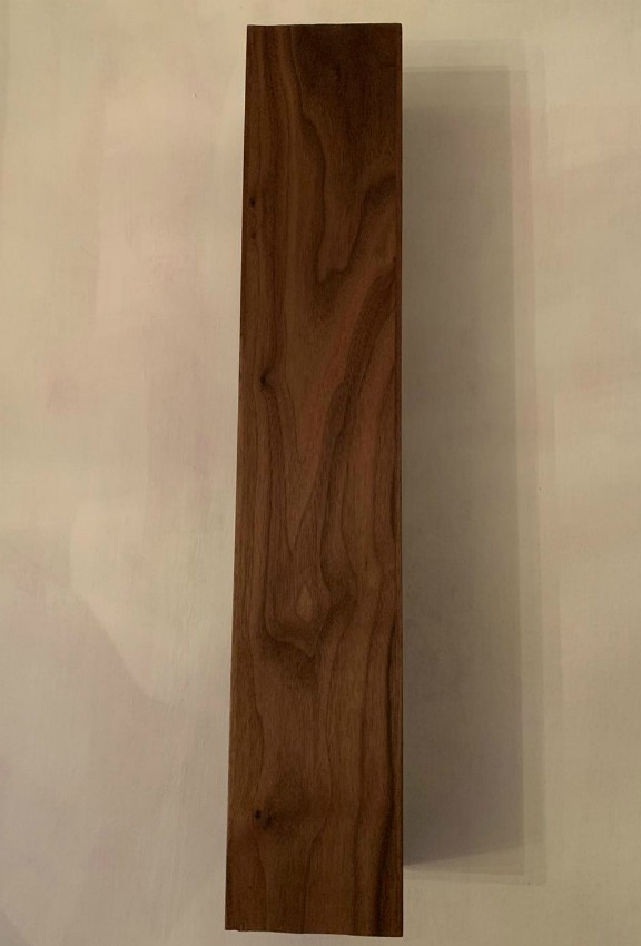 finished-square-solid-walnut-leg